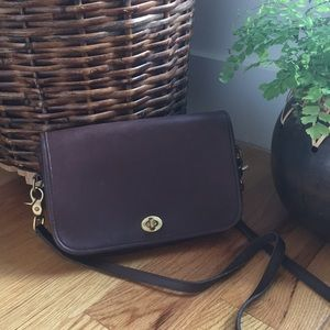 Anuthentic Vintage Coach Crossbody Bag